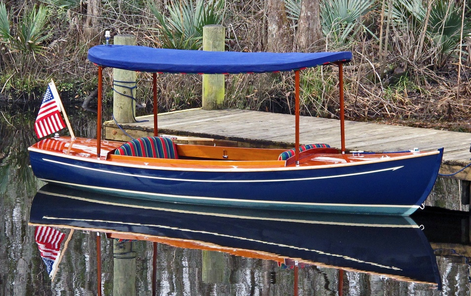 Electric boats for sale handmade wooden boats budsin for Small motor boat for sale